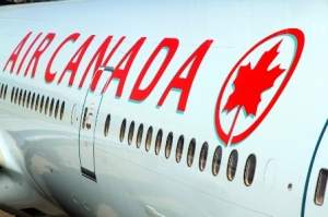 iStock_air canada_000051922770_Small